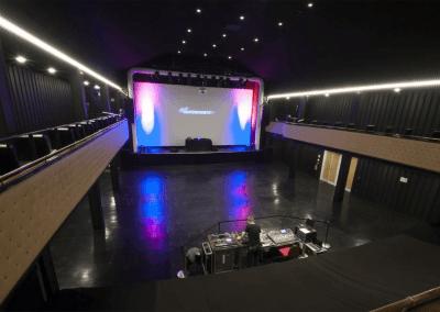 Bühne / Stage
